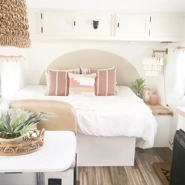 This Nashville Couple brings new life to outdated campers! This Nashville Couple brings new life to