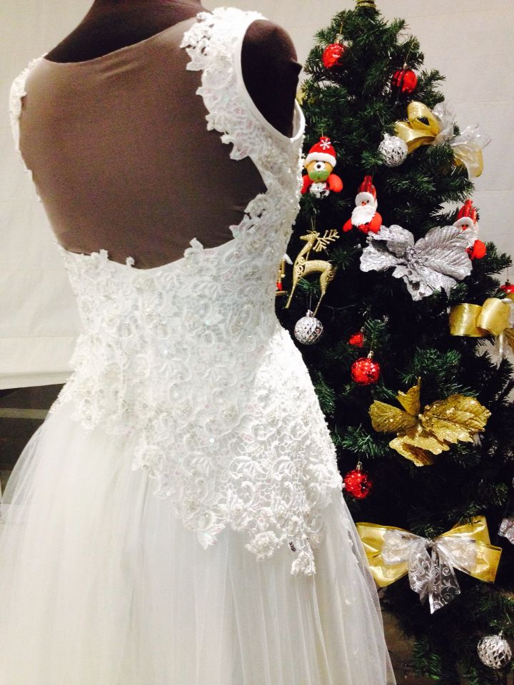 Vestido ivory prom (espalda)