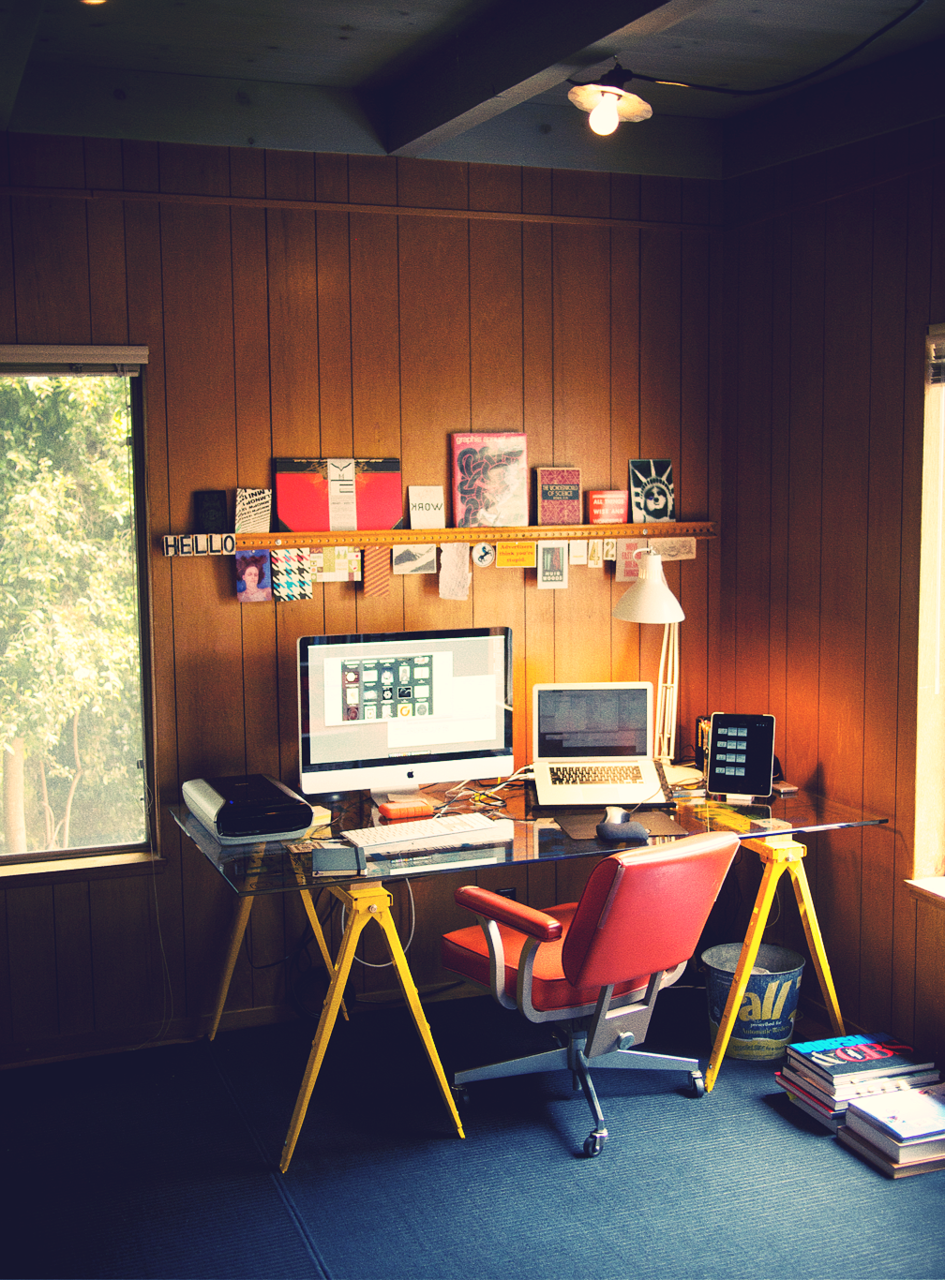 simple and easy home sweet home desk desk layout office workspace rh pinterest ca
