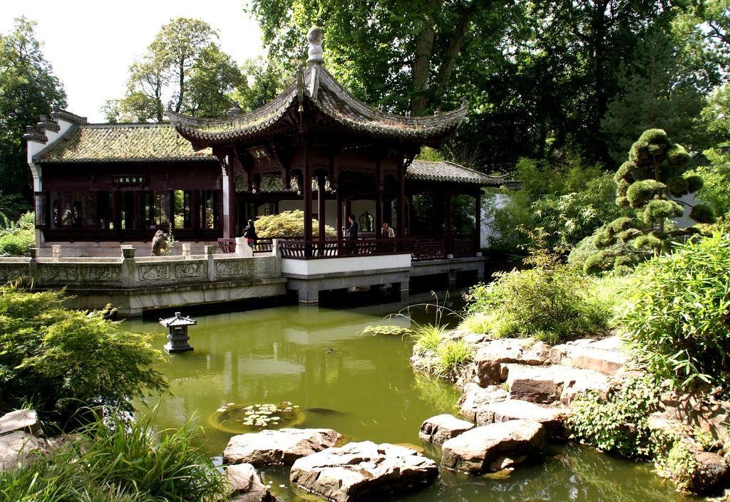 Frankfurt Chinesischer Garten Wasser Und Spiegelpavillons Am Jaspisgrunen Teich Chinese Garden Water And Mirror Pavilions At The Jasper Green Pond Chinese Garden Green Pond Pond
