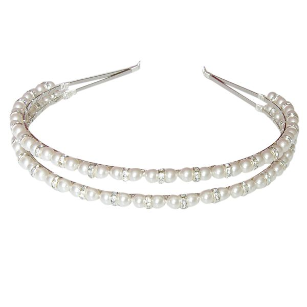 A double band wedding headband created by our in house designer Kerrie G. This simple hair accessory is created with sparkling diamante rondelles and Swarovski crystal pearls for the ultimate sheen.