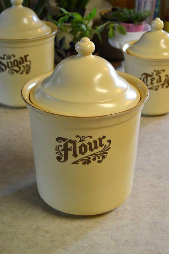 Pfaltzgraff Village FLOUR CANISTER with lid retro retired vintage folk art brown and tan beige bicentennial crock dinnerware & Pfaltzgraff Village FLOUR CANISTER with lid retro retired vintage ...