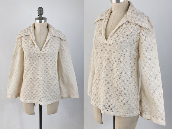 b94c4902af56d Vintage 70s Eyelet Lace Blouse - Sheer Ivory Bohemian Top w  Flared Sleeves  and Wide Collar - White