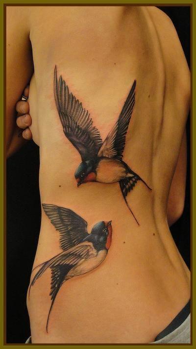 Silabas De Gorriones En Tu Espalda Tatuajes Femeninos Hermosos