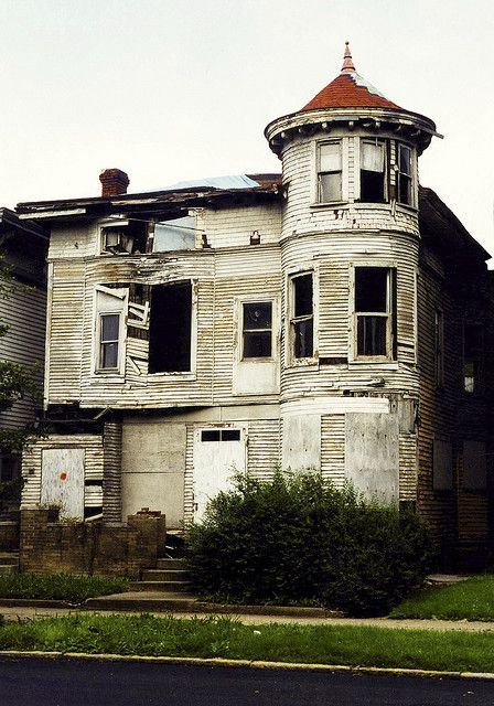 indianapolis tower house before abandoned and neglected houses rh pinterest com