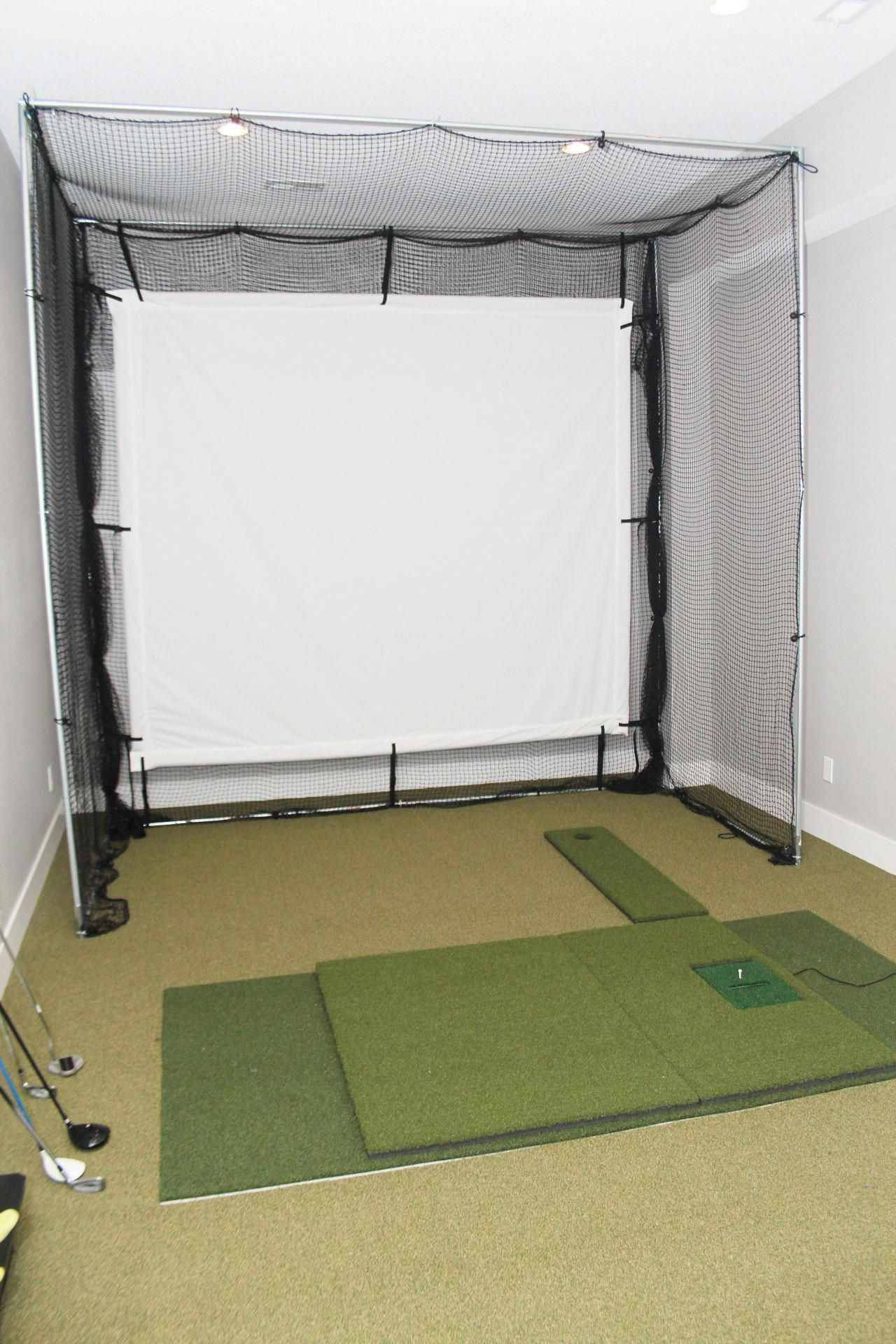 Golf Simulator room...I need one of these! golftips (2020