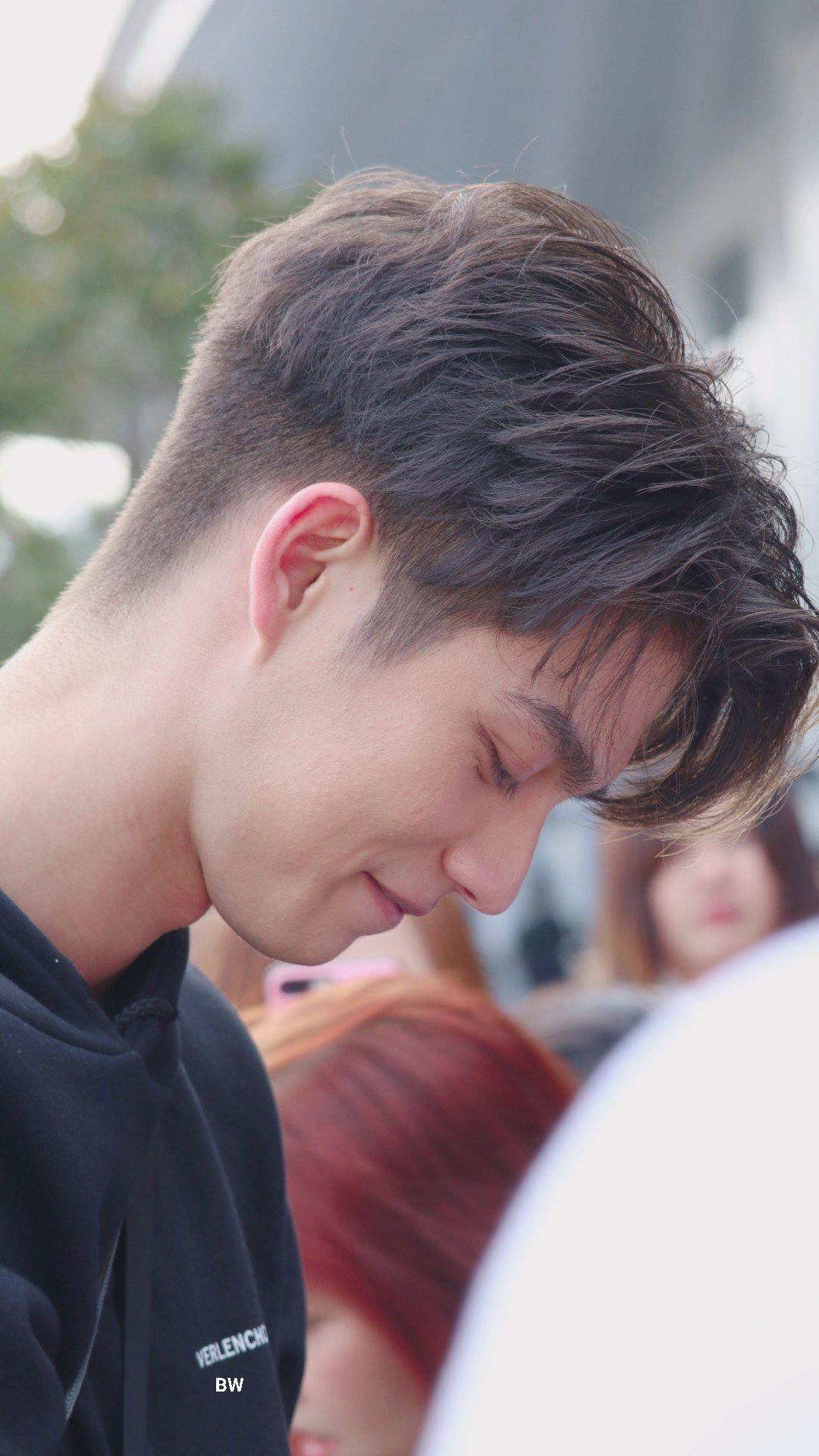 Pin Oleh Nathalia Lopes Di Thai Actor Gaya Rambut Pria Undercut Potongan Rambut Pria Gaya Rambut Pria