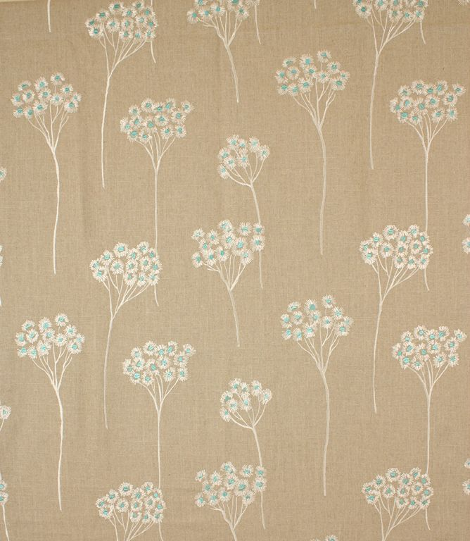 service and have your curtains and blinds made and handfinished in our Cotswold workroom.