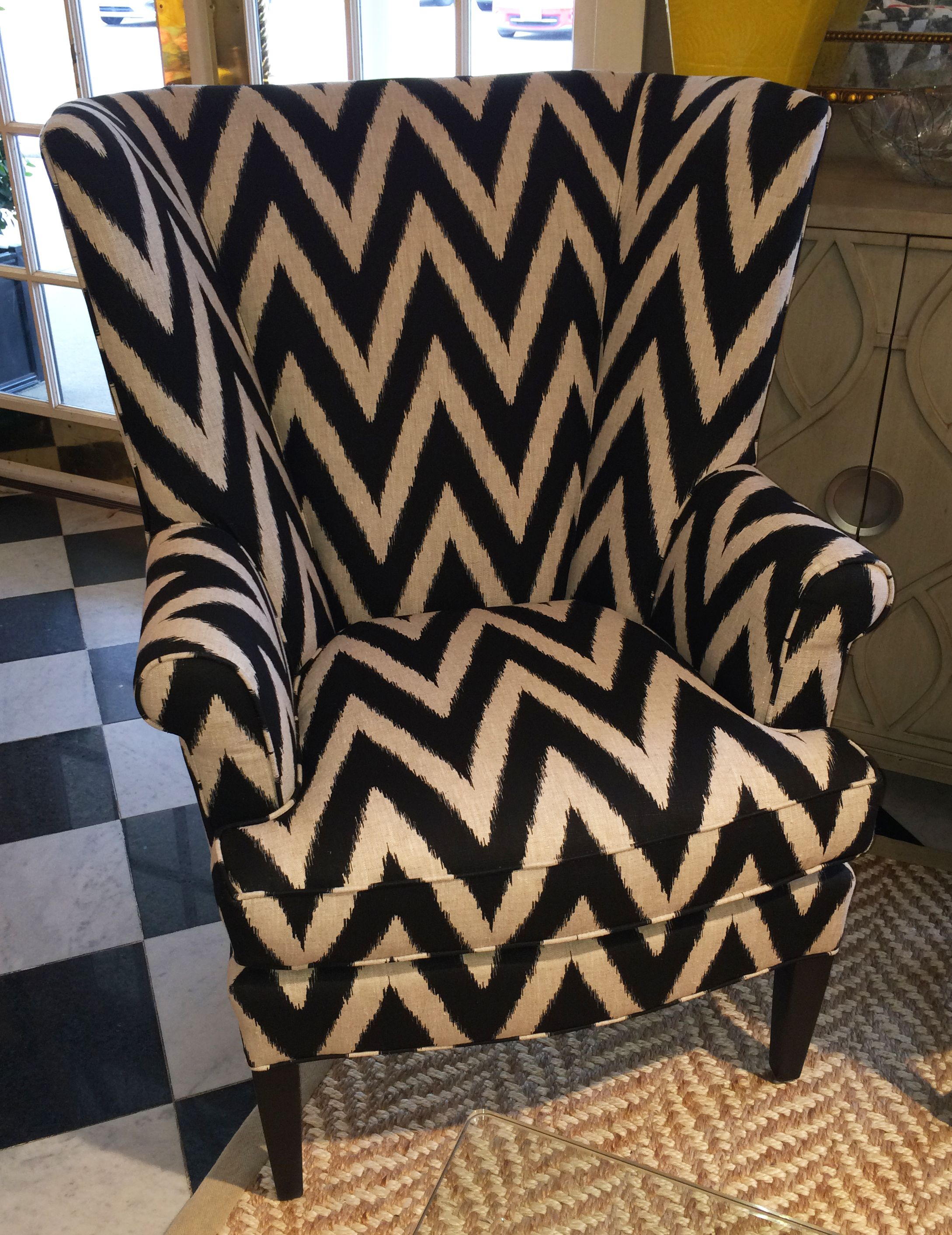 Fine Can We Say Zigzag Black And Cream Chevron Chair With A Short Links Chair Design For Home Short Linksinfo