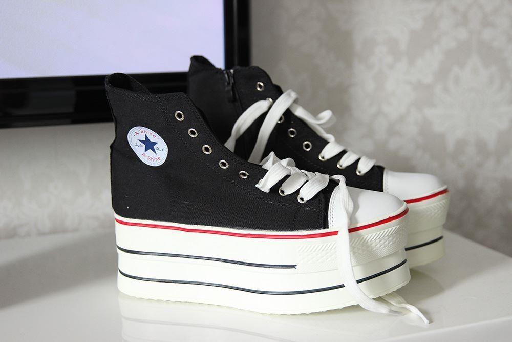 Svarta, platå sneakers | Sneakers, Skor, Mode