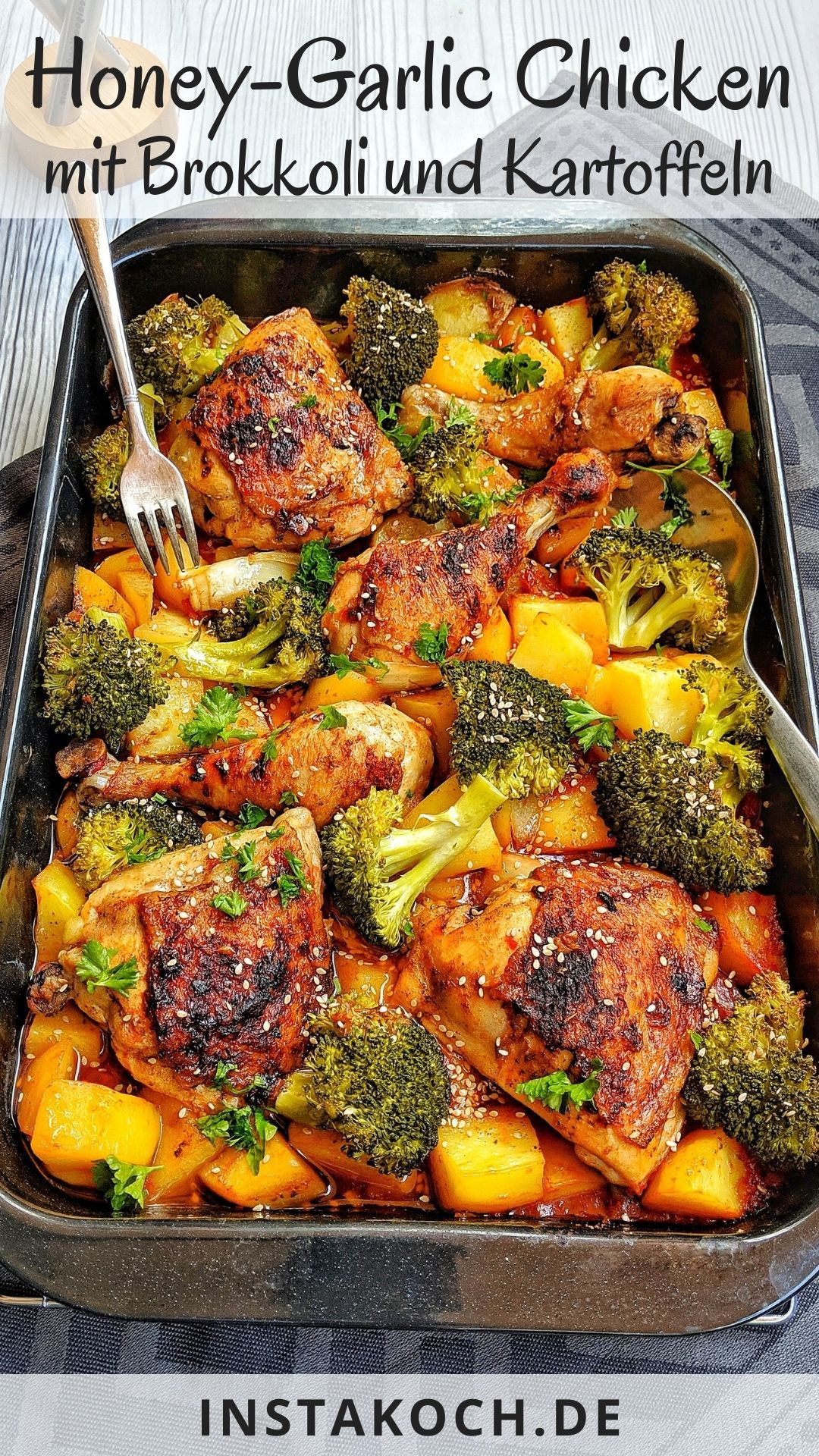 Honey-garlic Chicken mit Brokkoli und Kartoffeln aus dem Ofen – Instakoch.de