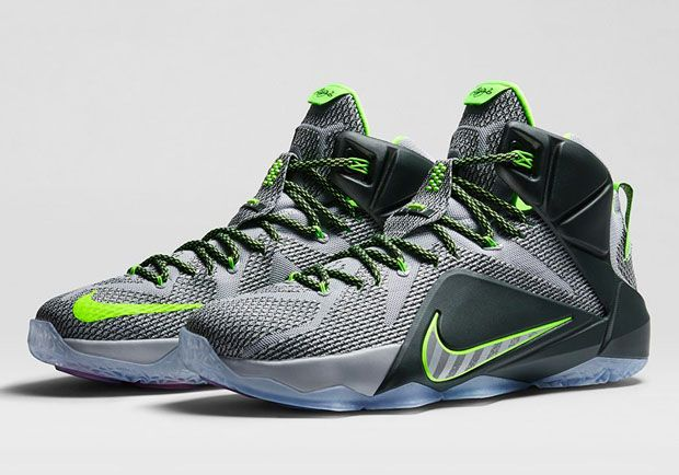 official photos d8fe5 5f49a Nike Lebron 12 Dunk Force Sneaker Available Now (Detailed Look With Dj Delz)
