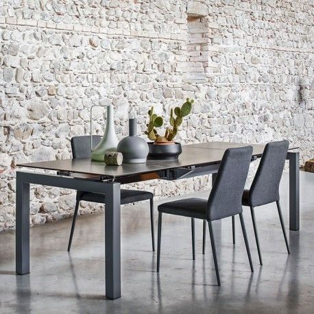 Elegant Calligaris Airport Table; FREE UK DELIVERY. Long But Narrow Contemporary  Glass Dining Table With