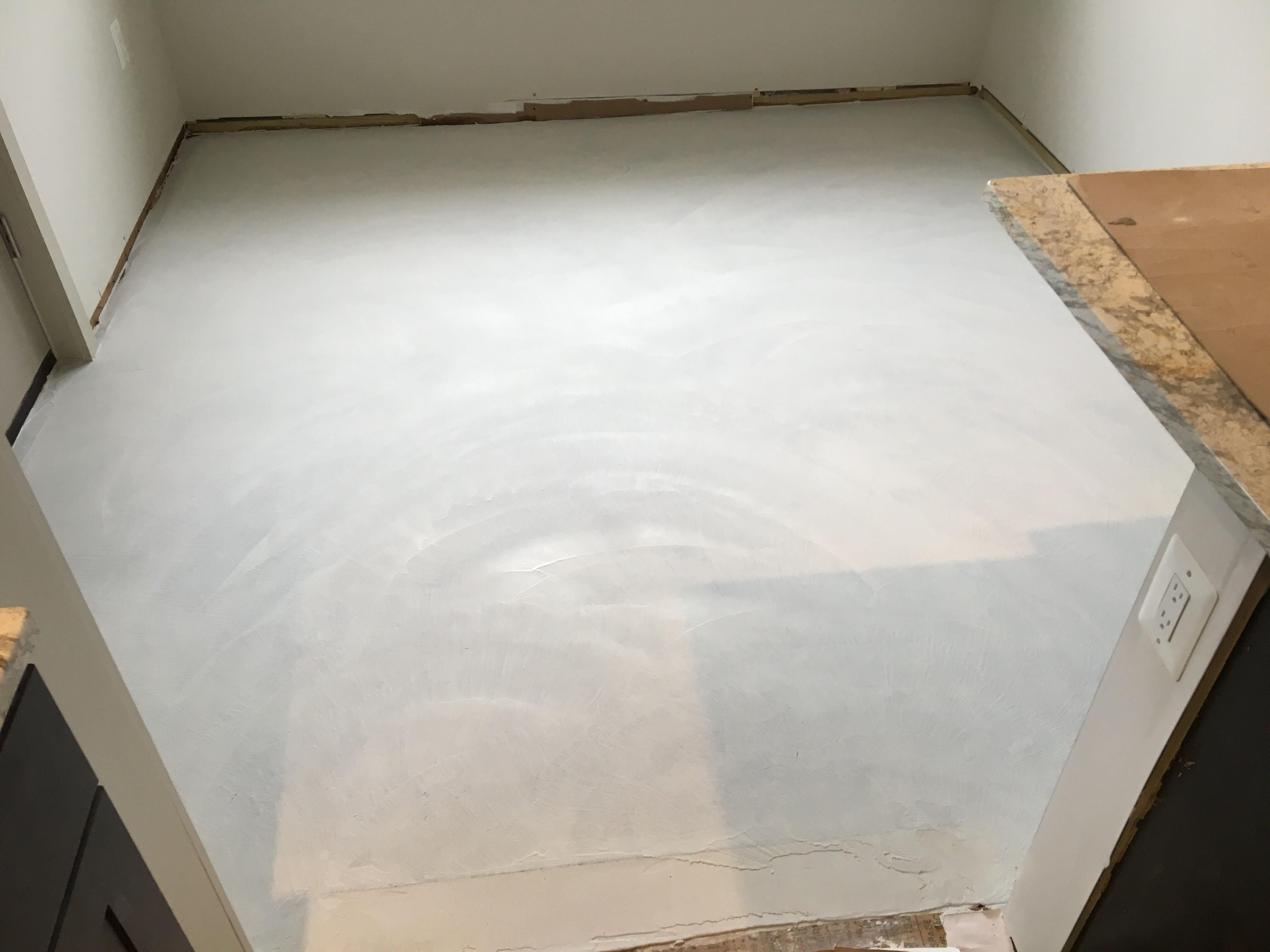 Most Commonly Trowel Down Overlays Are Used For Pool Decks Patios Steps Stairs Driveways Wa Concrete Decor Decorative Concrete Floors Concrete Floors