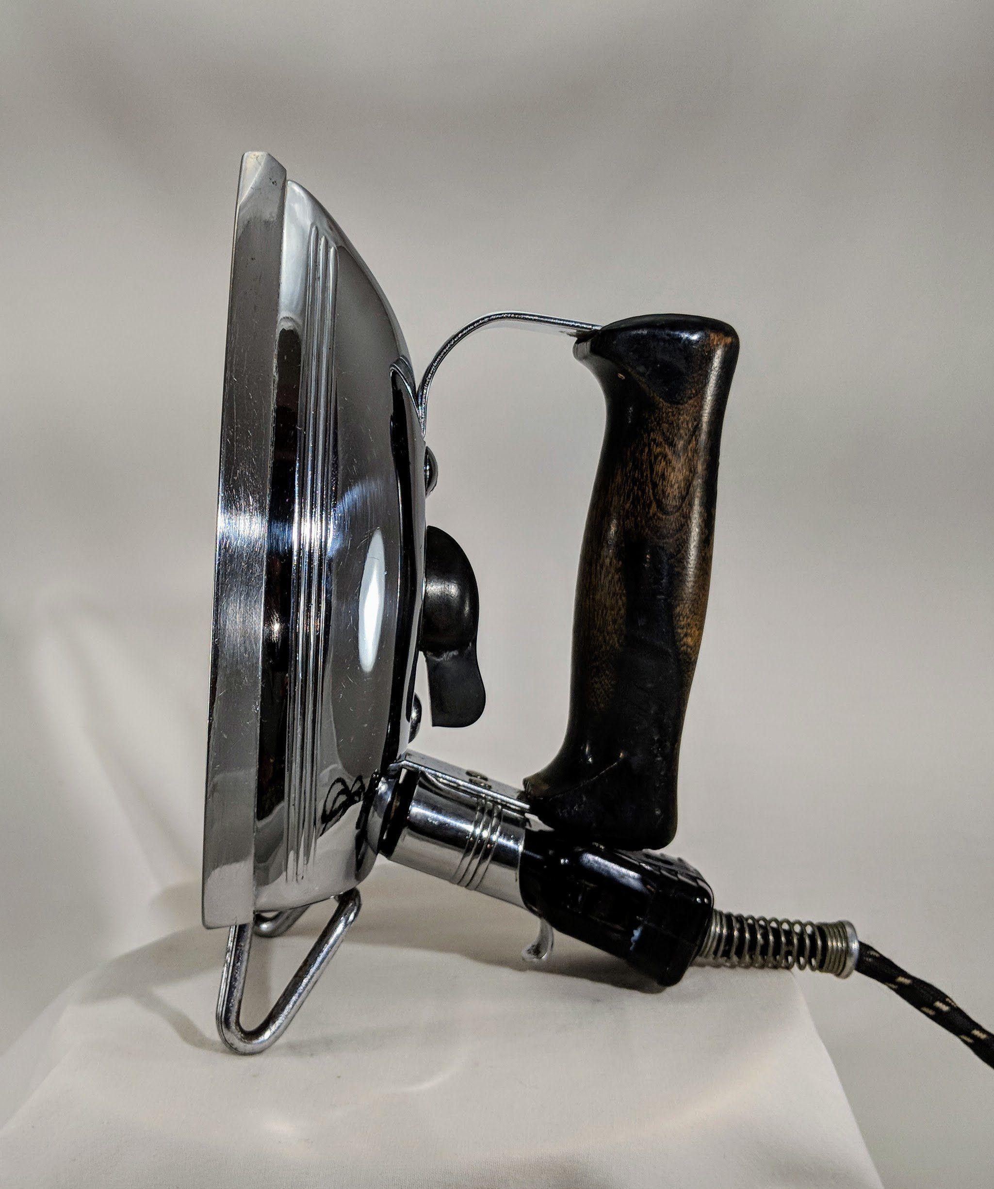 Vintage Singer Sewing Machine Company, Flat Iron, Model B ...