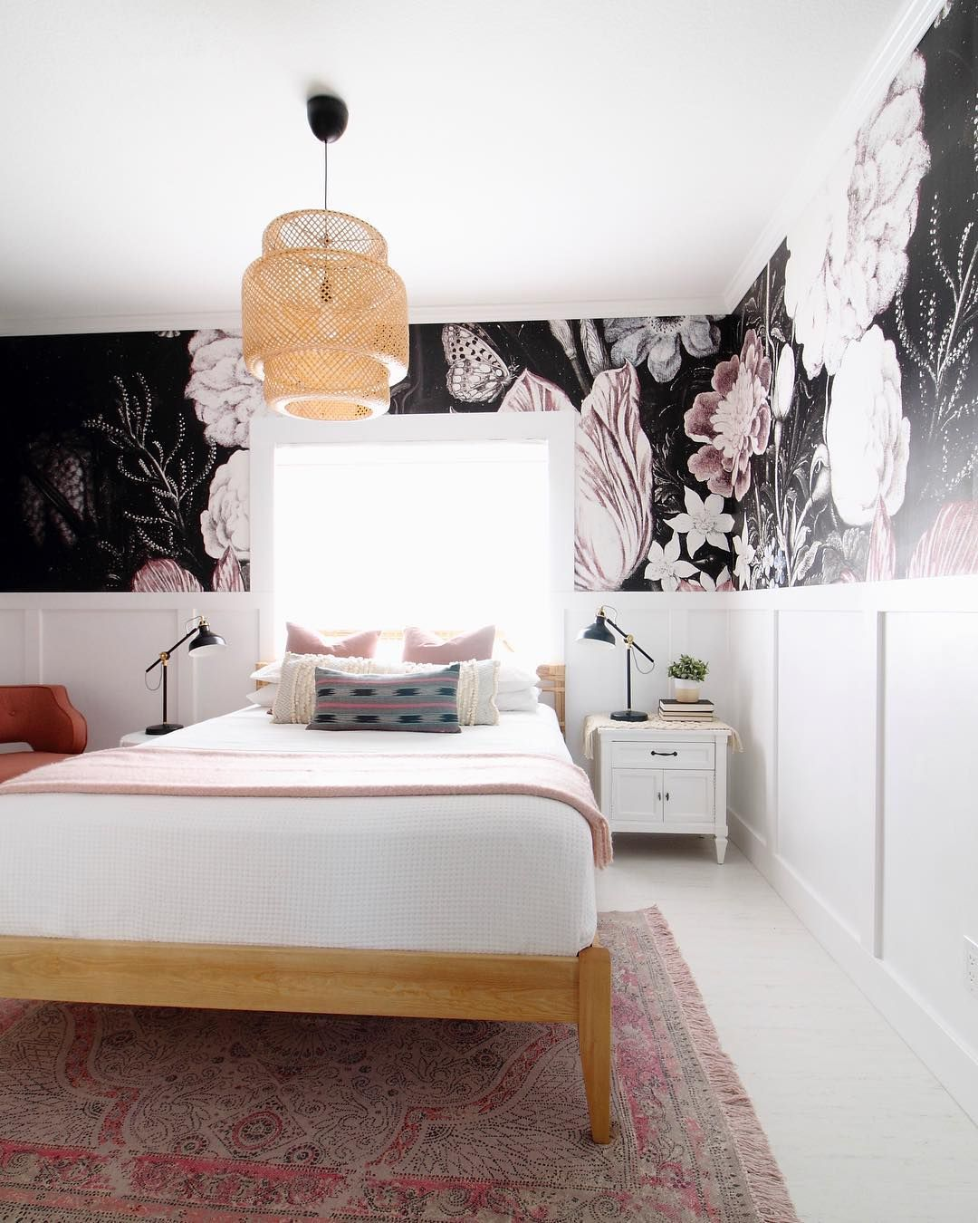 Beautiful Floral Bedroom Decoration With Removable Wall Mural