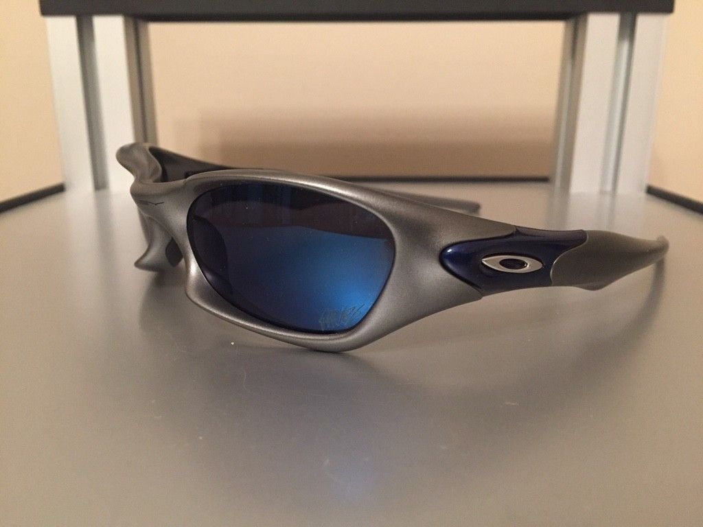 30a20e4977afd Member DyerAudio started his day with these Oakley JPM Valve s and  more...http