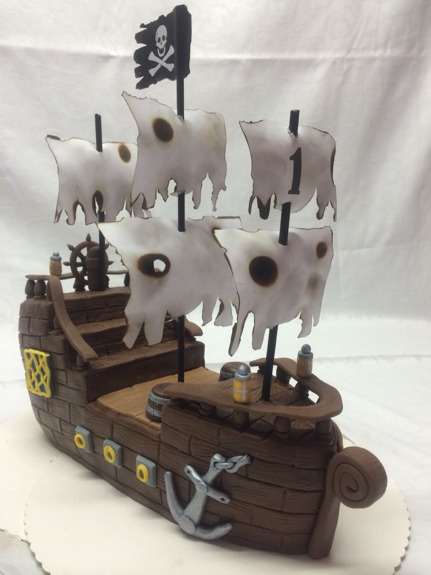 Piratenschiff Torte  Happy Birthday 1th Cake 1 Geburtstagstorten in 2019  Piratenschiff