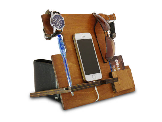 cell phone stand or iphone stand docking station for iphone phone rh pinterest es