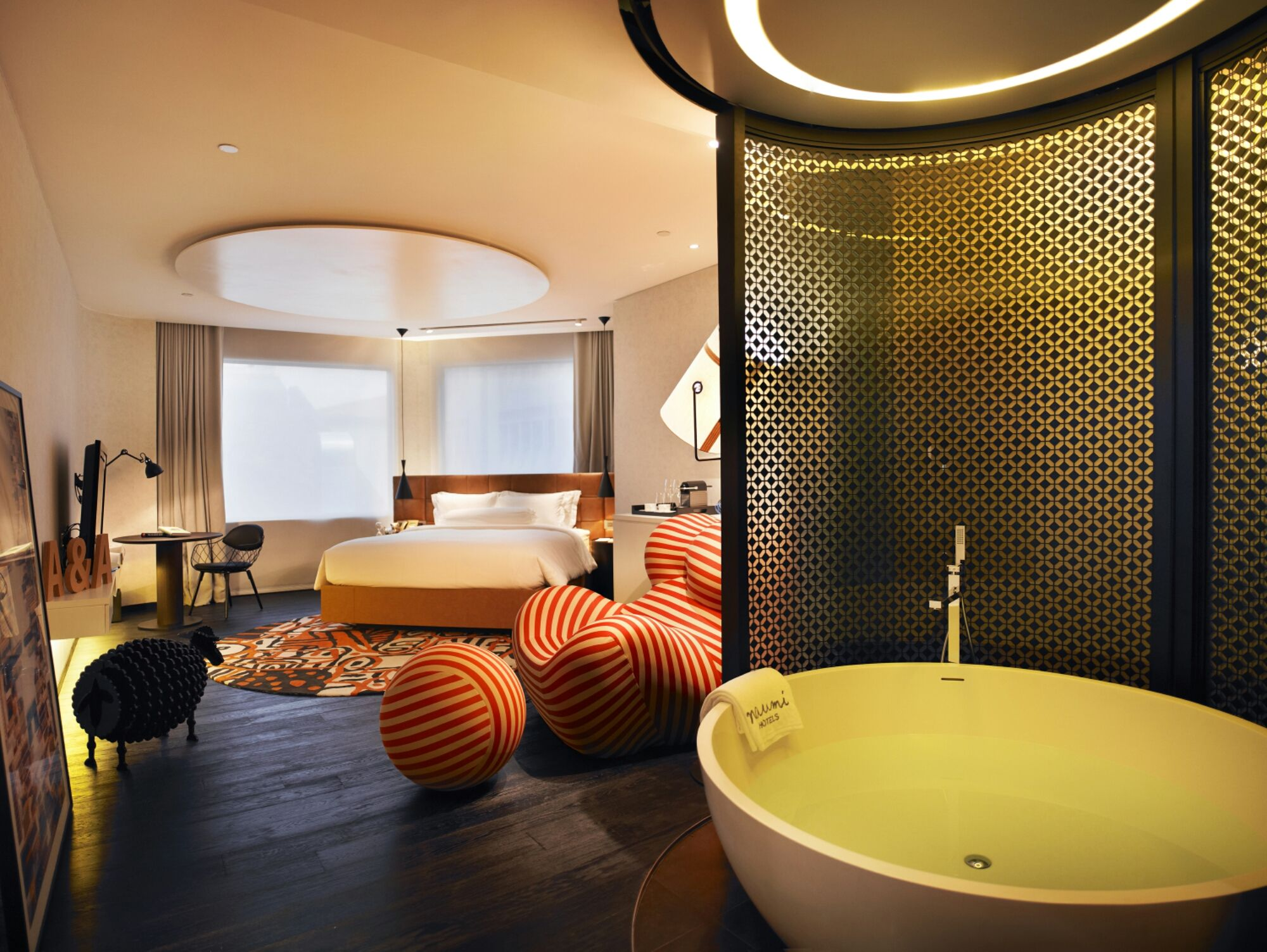 7 best staycation hotel for young couples in singapore singapore rh pinterest com