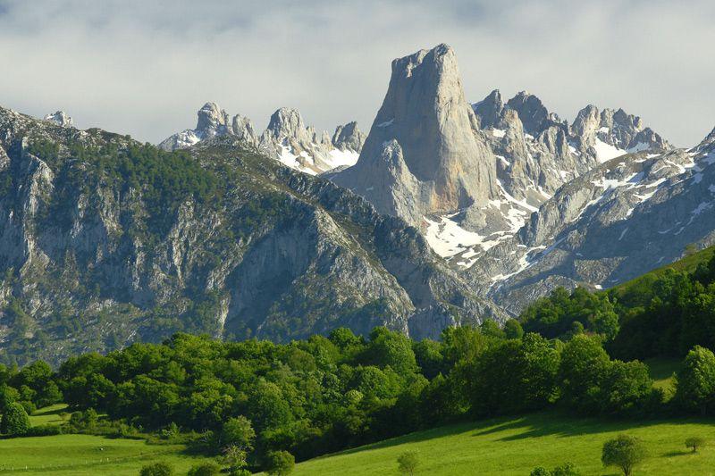 Picos De Europa Asturias Y Cantabria Picos De Europa Picos De Europa Asturias Paisajes De España
