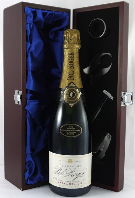 1988 Pol Roger Extra Dry Champagne From The Outstanding 1988 Vintage And Scoring 92 100 Parker Points This Stun Vintage Champagne Champagne Champagne Bottle