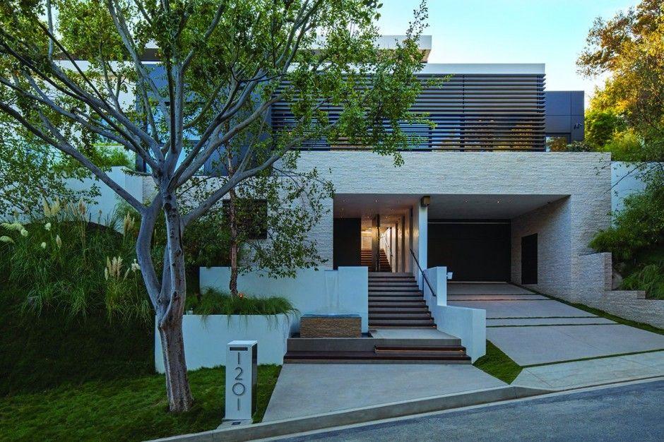 design modern residence Laurel Way Strikingly Luxurious