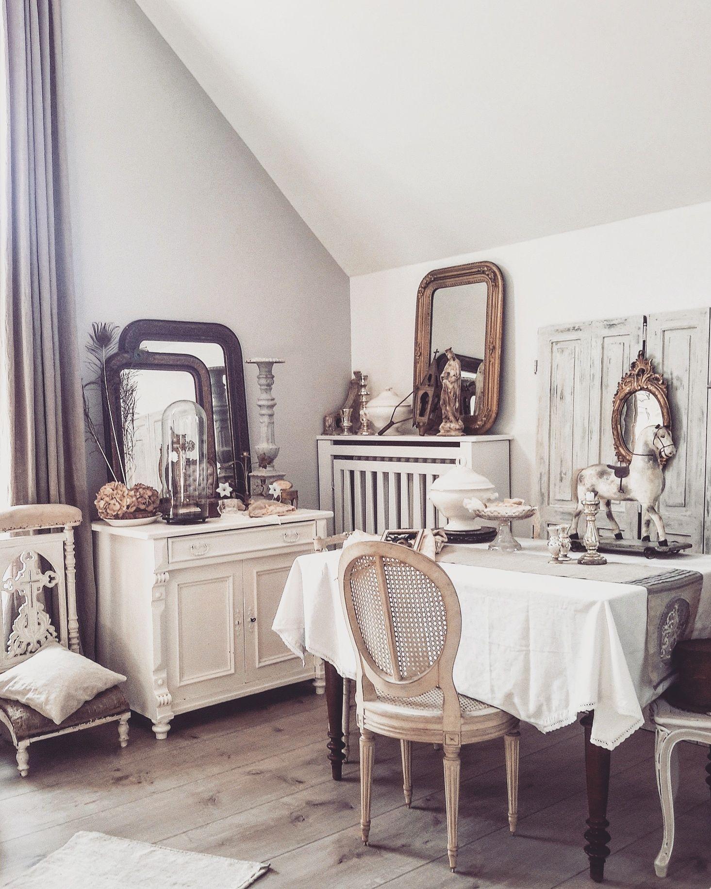Charmante Home Decor