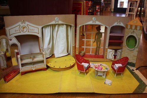 The Original 1962 Vintage Barbie Fashion Shop Doll House With Accessories Ebay Barbie House Furniture Barbie Shop Vintage Barbie Dolls