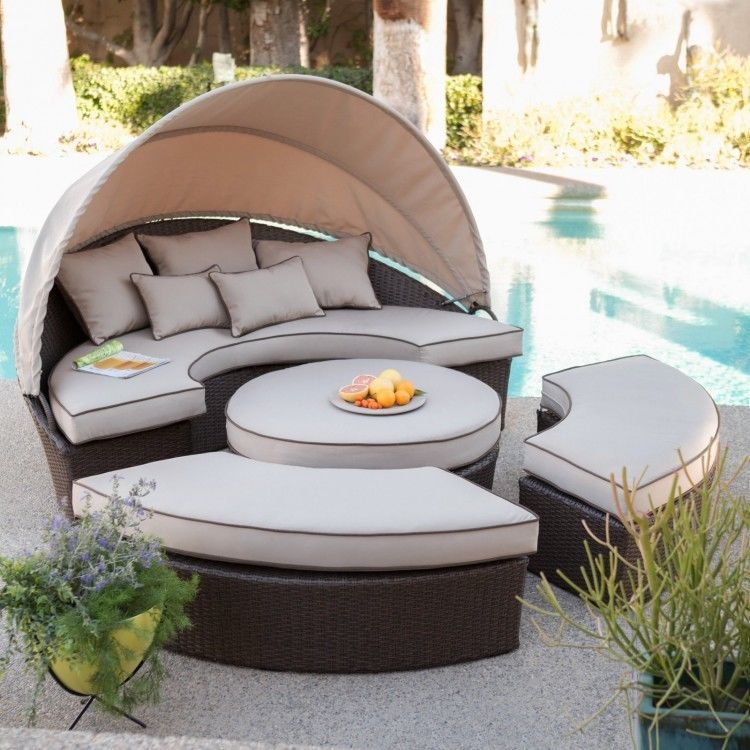 Outdoor Wicker Daybed Brown Pool Deck Patio Yard Lounge Chair