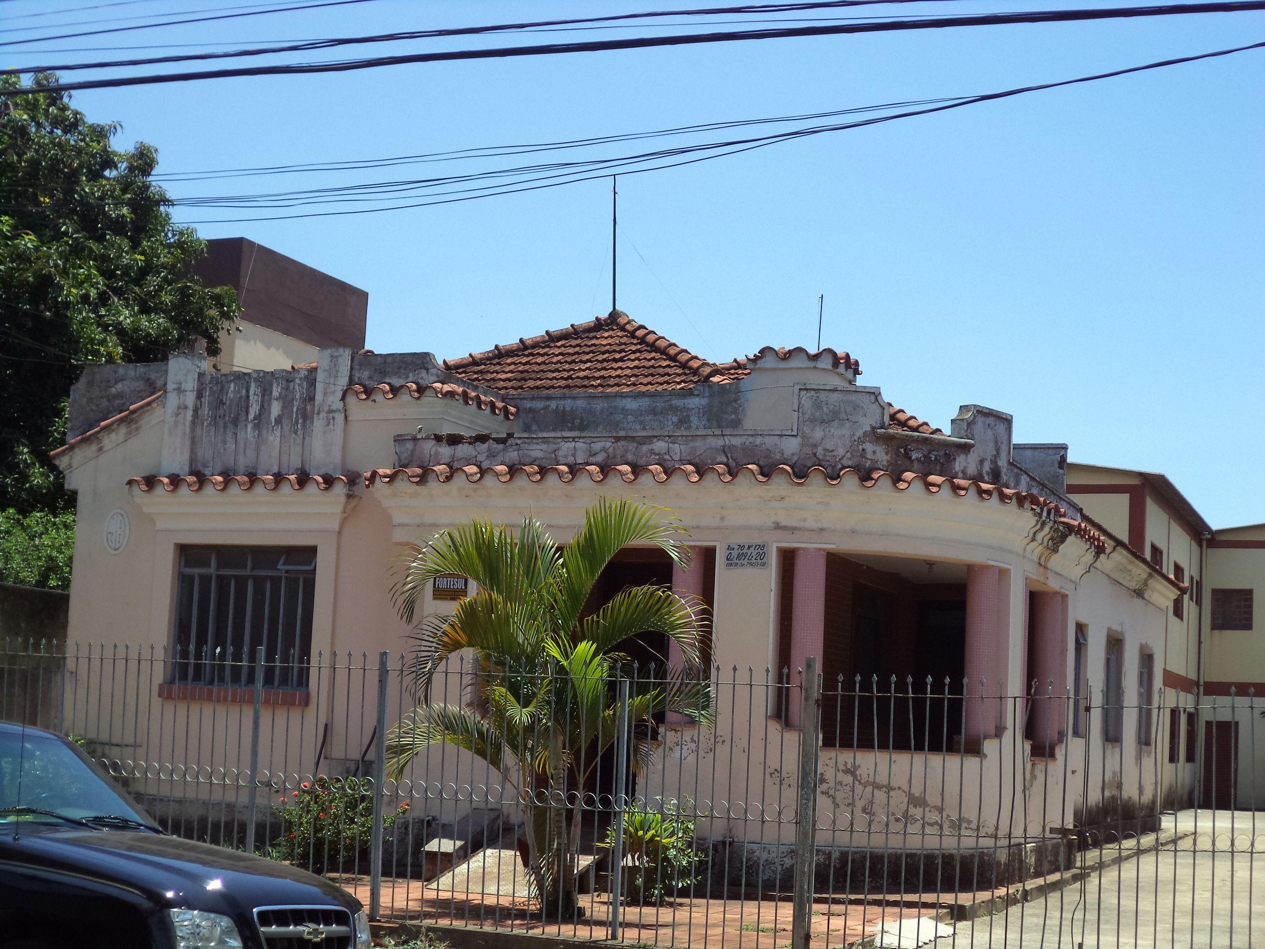Rua 70, Centro, Goiânia.