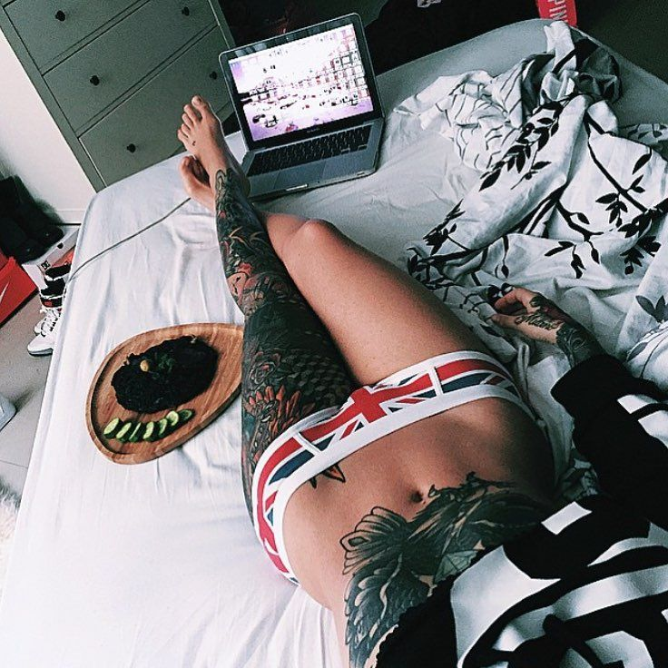 "Tattoos en Instagram: ""How I feel every day  @ilythebabe"""