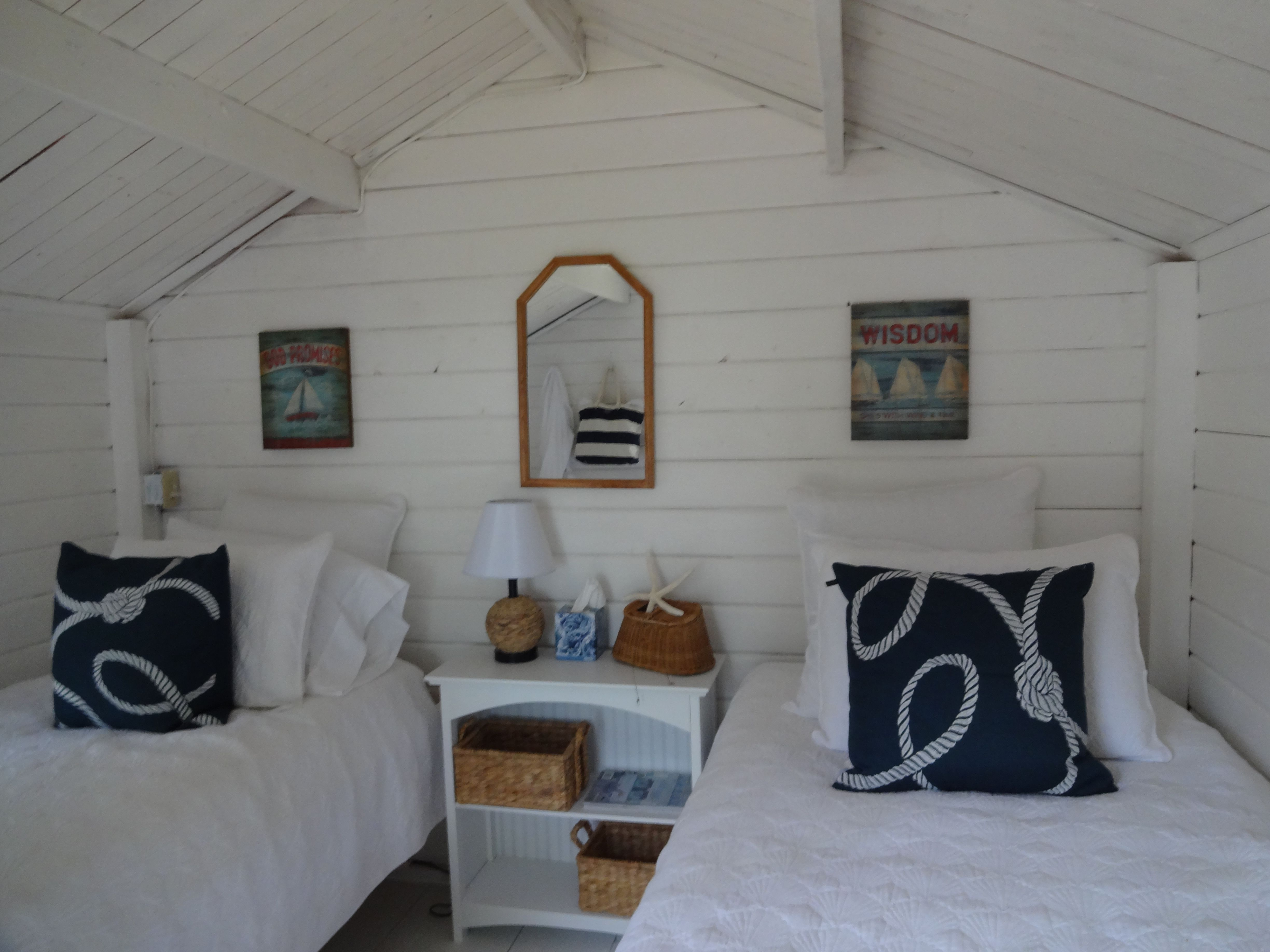 Converting sheds into livable space miniature homes and spaces - What To Do When You Need More Sleeping Space Turn The Shed Into A Bunk
