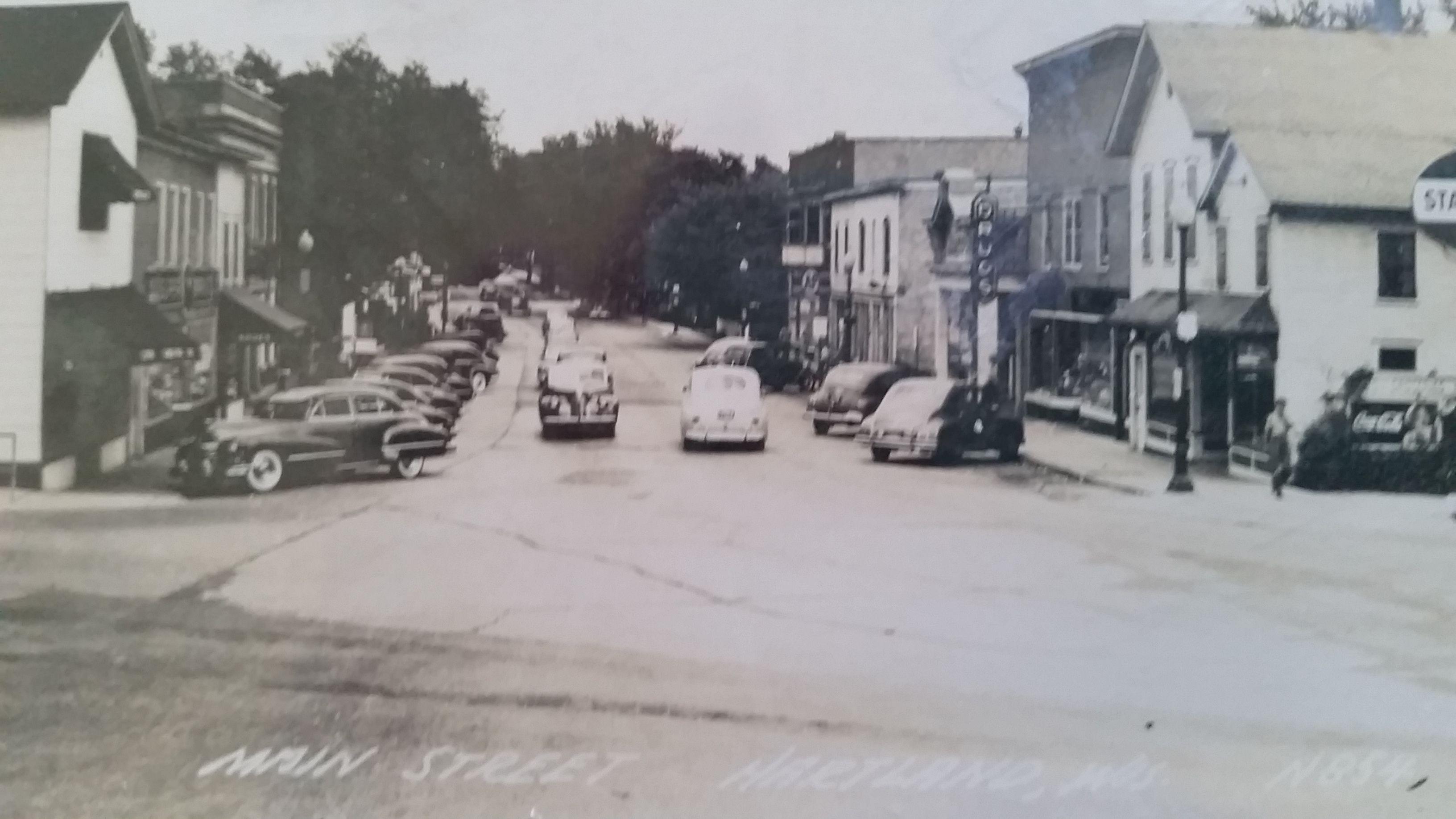 Downtown Hartland WI