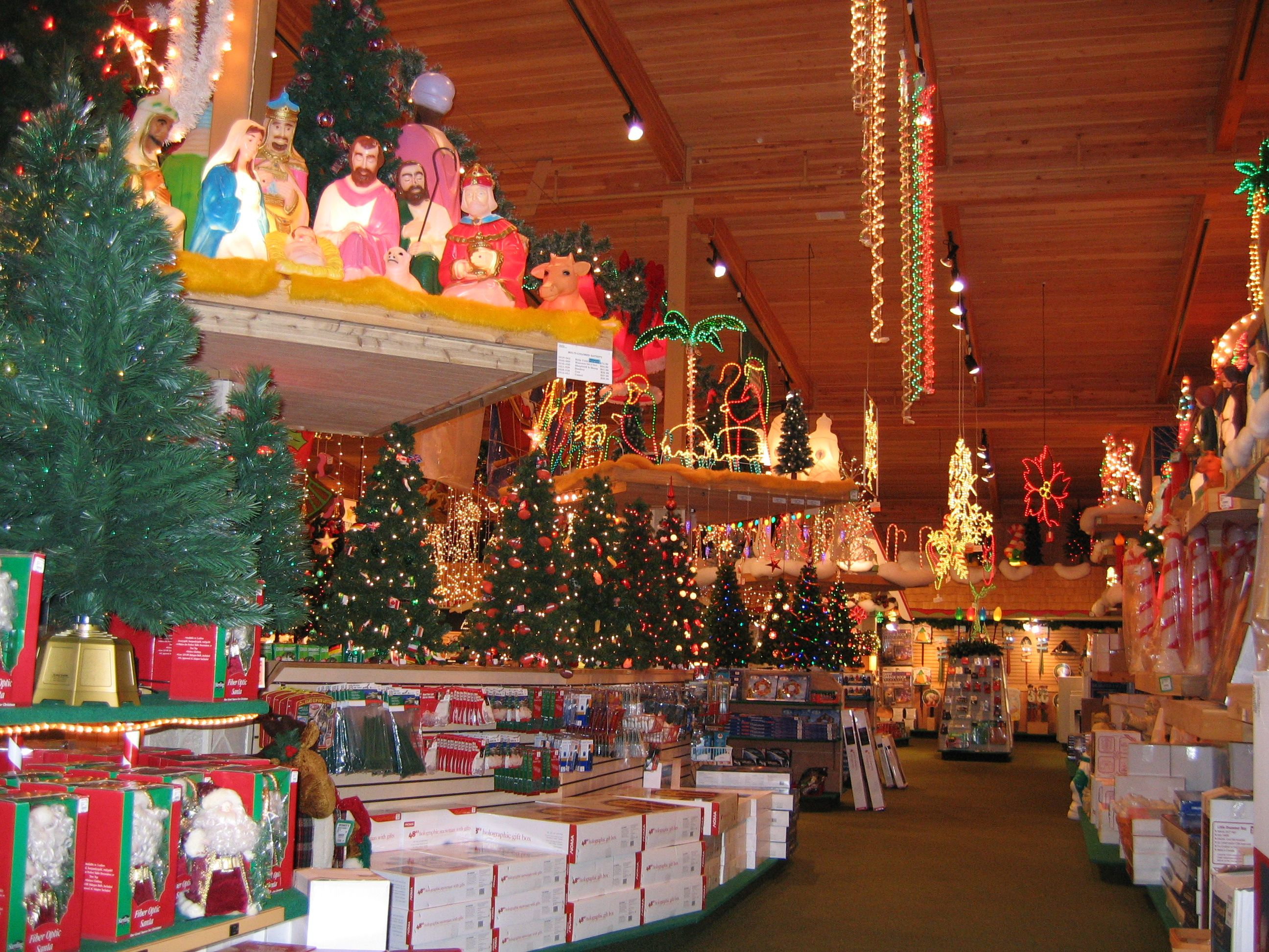 if you like holiday decorations you will love bronners the worlds largest christmas store - Worlds Largest Christmas Store