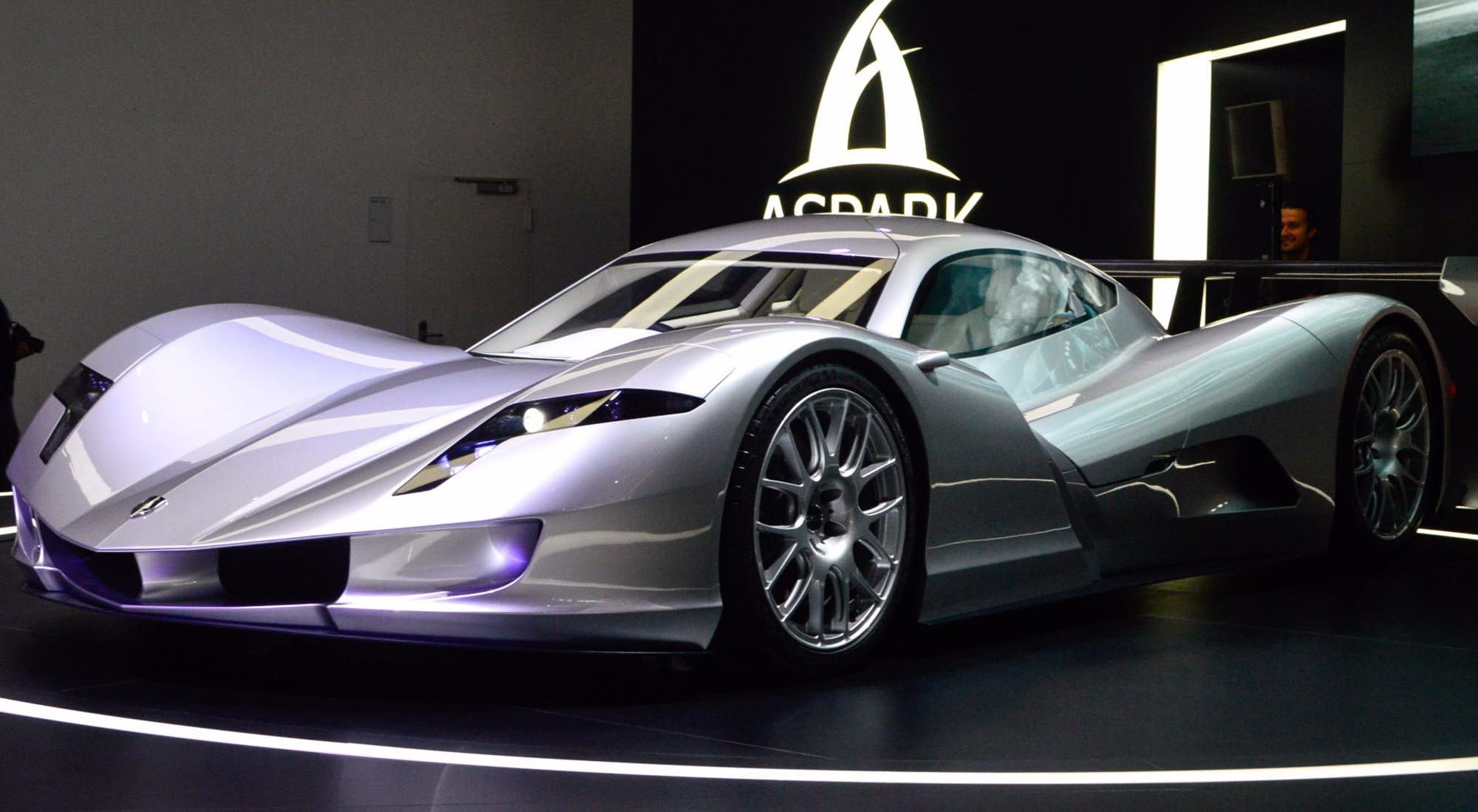 In Photos Supercars And Sports Cars Scorch The Floor Of Frankfurt Cool Sports Cars Sports Cars Super Cars