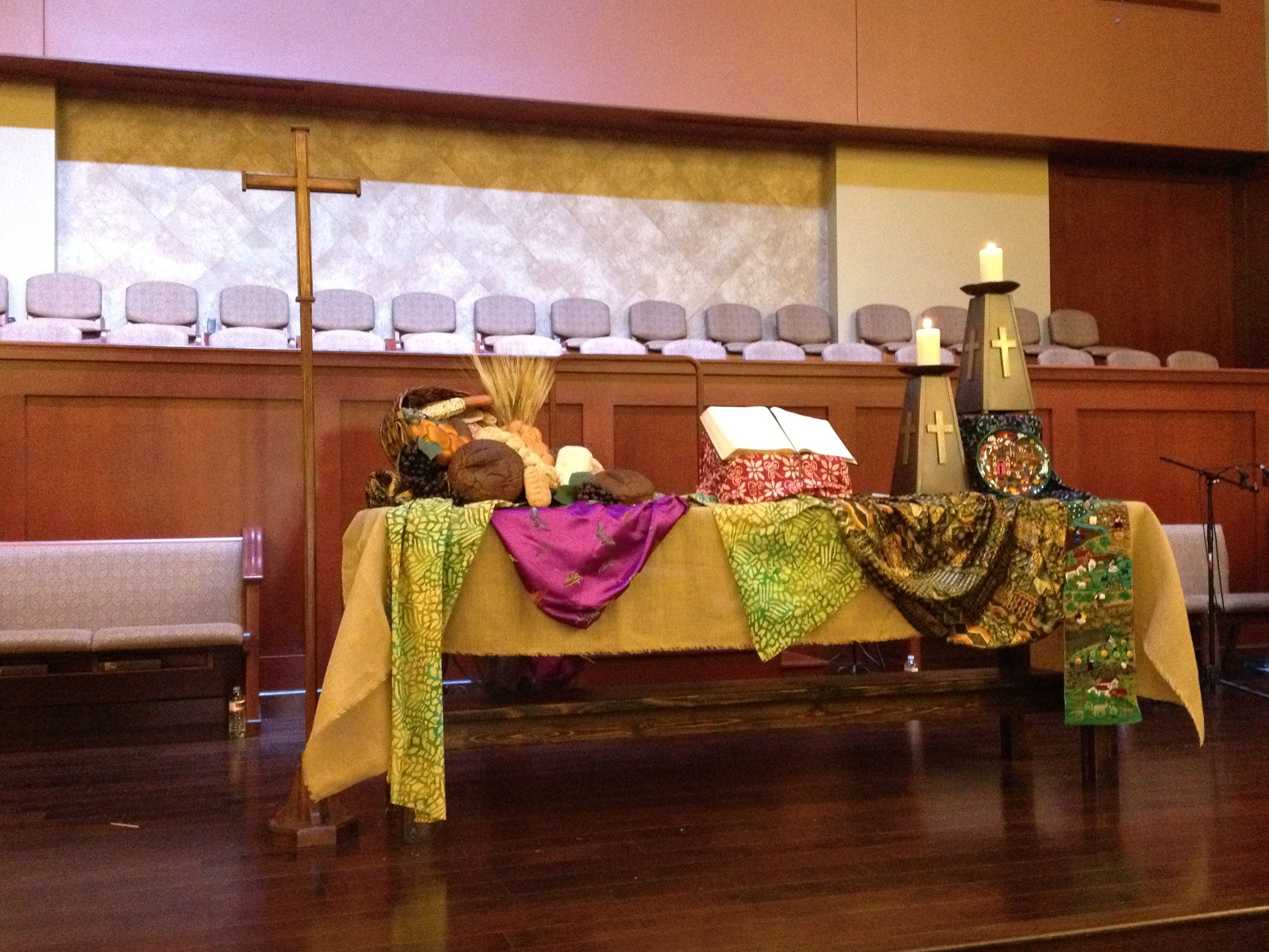 Louisiana Map Decor%0A Sanctuary Altar       World Communion Sunday  Grace Avenue UMC  Frisco  TX