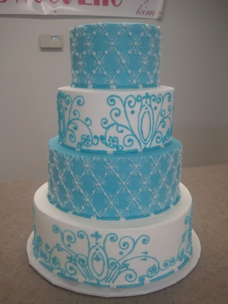 Tiffany Blue cake with filigree detailing Love