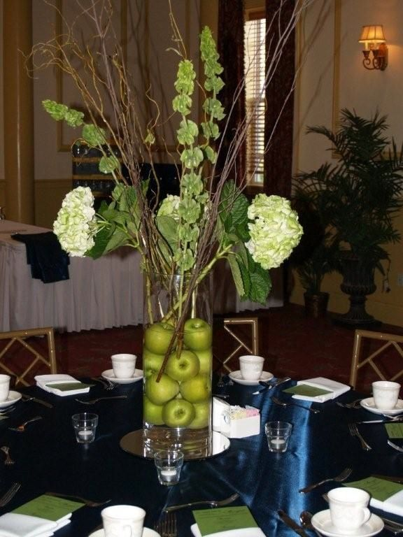 Apple centerpiece, Ford's Colony Country Club, Williamsburg VA