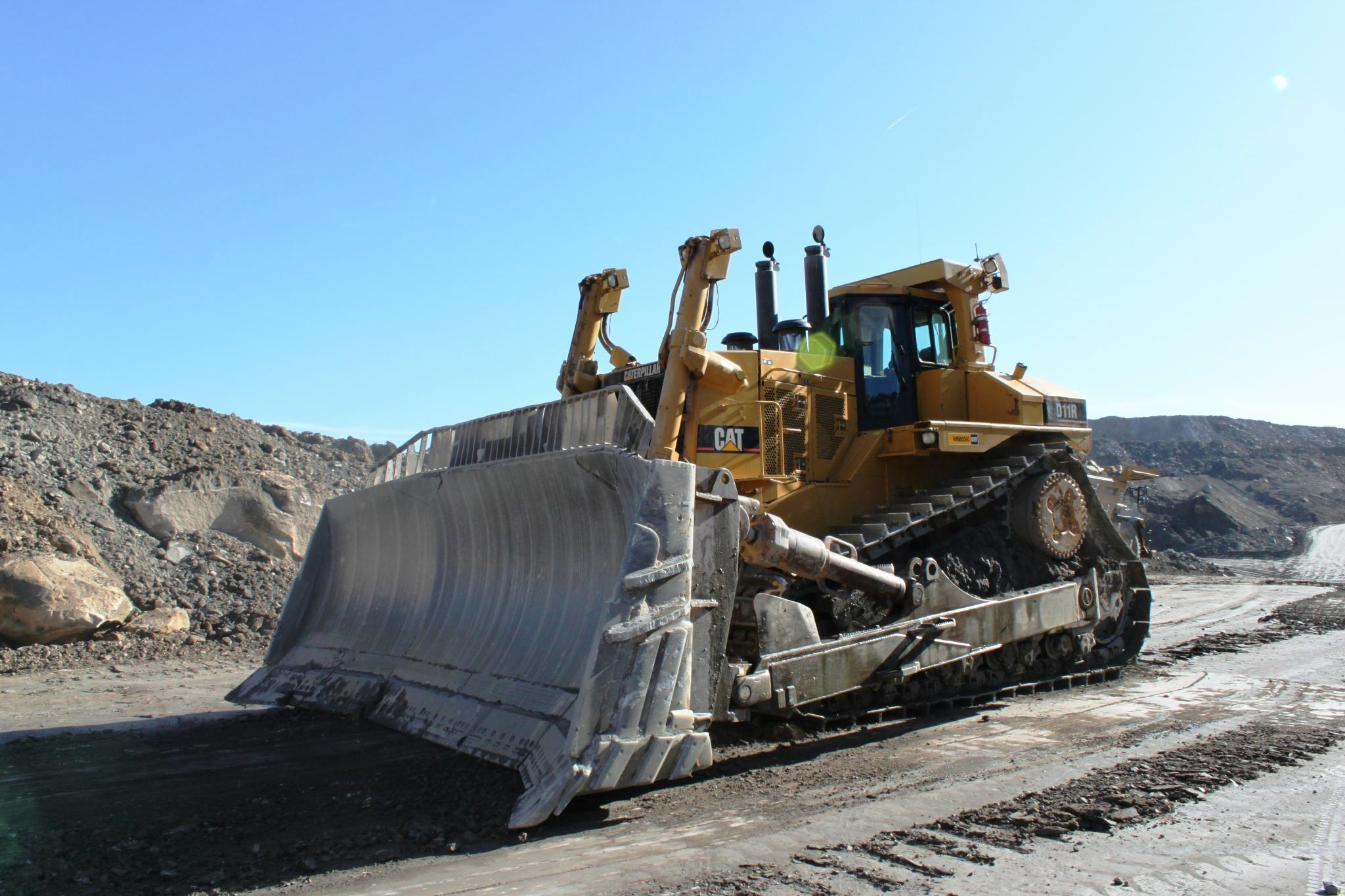 Pin by Mico Equipment on Classic Dozers | Heavy equipment