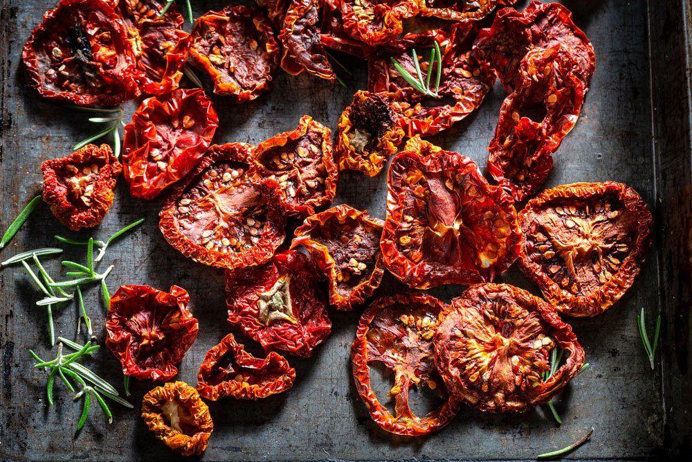 Tomaten trocknen im Dörrautomat – Anleitung und Tipps