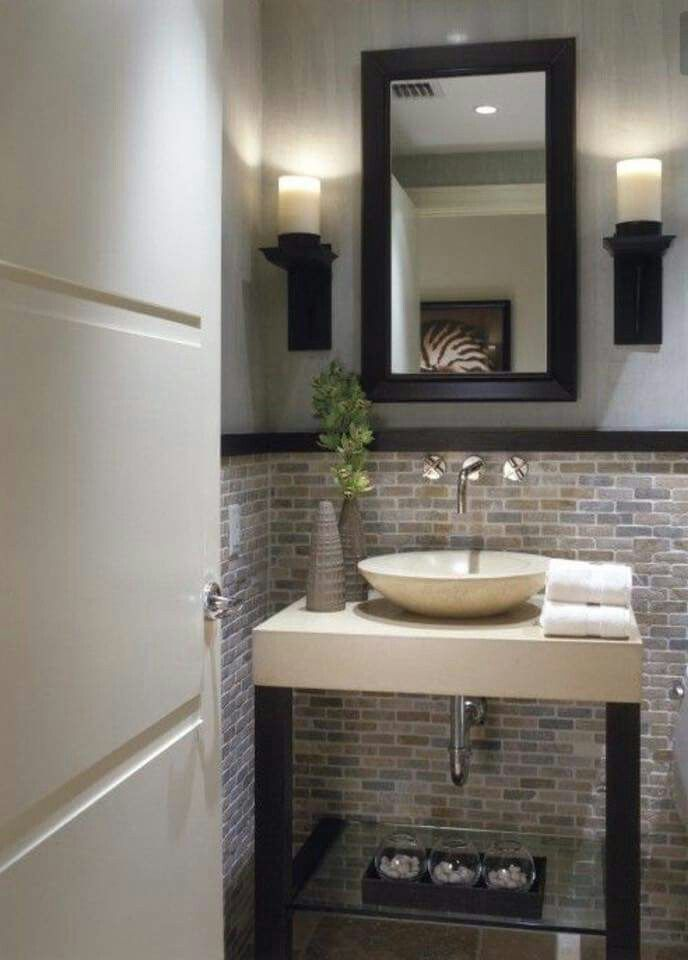 Natural stone mosaic tile for a wainscot