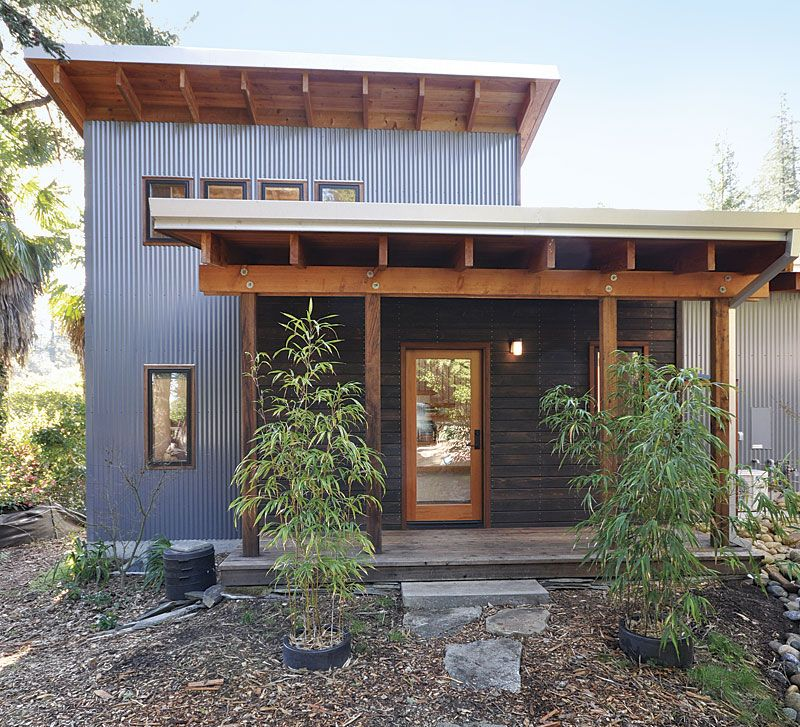 This California home combines traditional passive solar strategies
