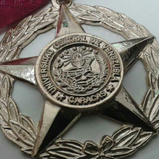 Medalla ucv
