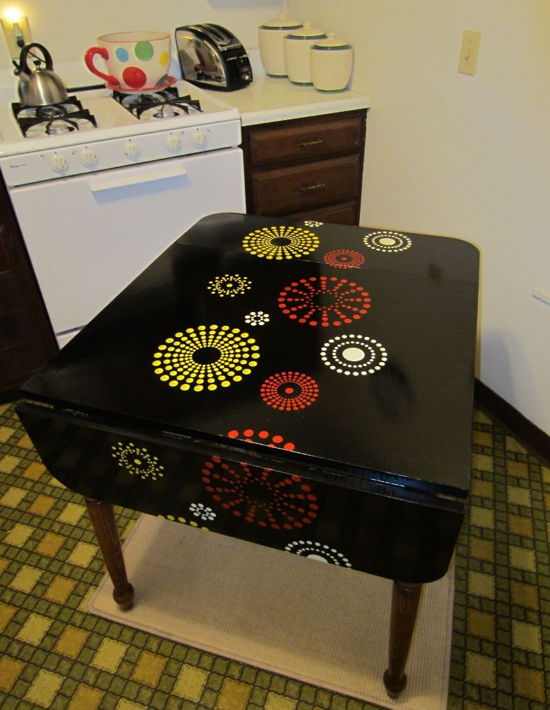 Refurbished Formica Table Top Using Wall Stencil, Enamel, And Polyurethane.