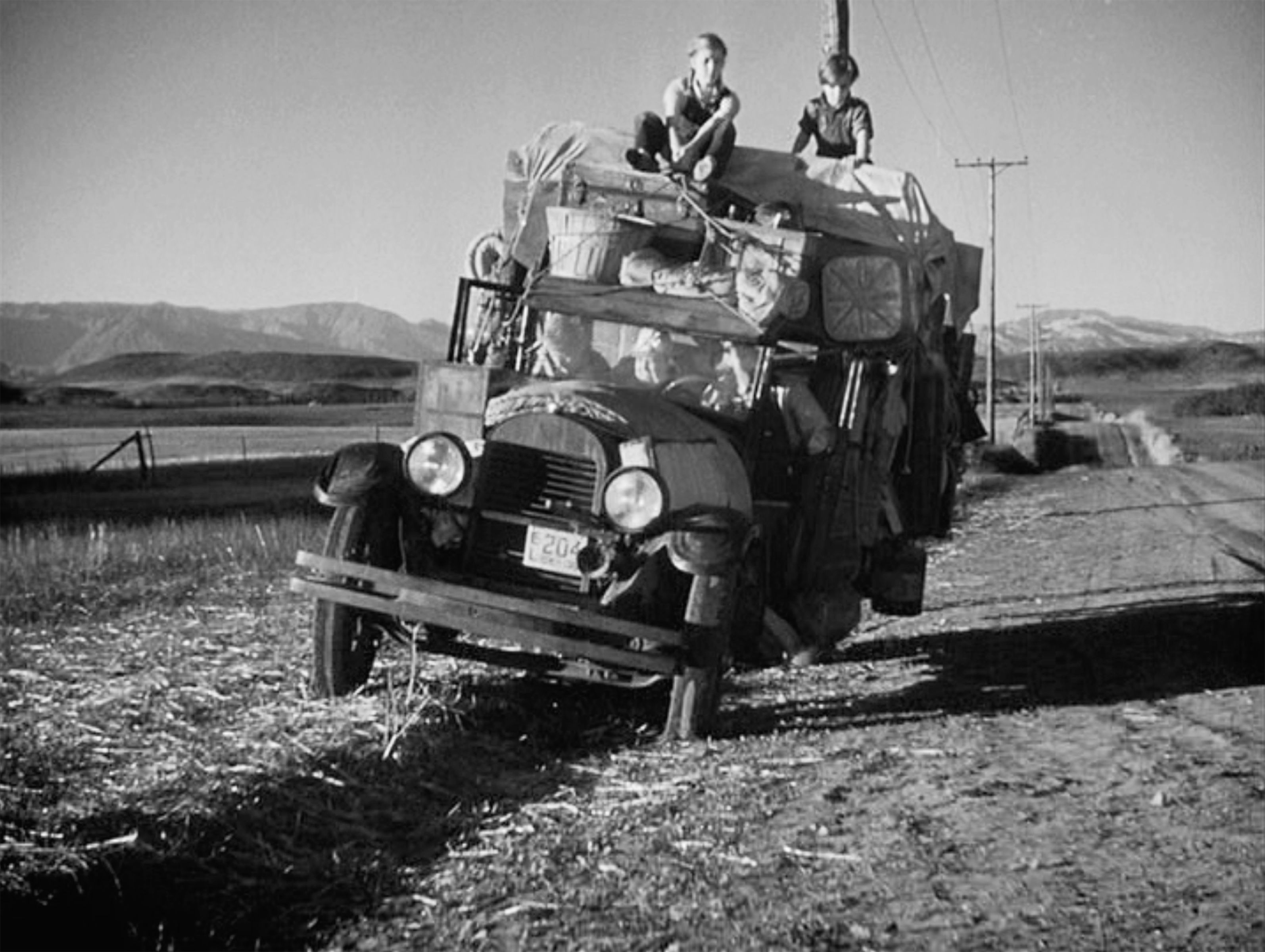 the grapes of wrath 1940 motion picture great depression dust in the novel the grapes of wrath author john steinbeck conveys the the great depression was brought about through various radical economic as fiction the