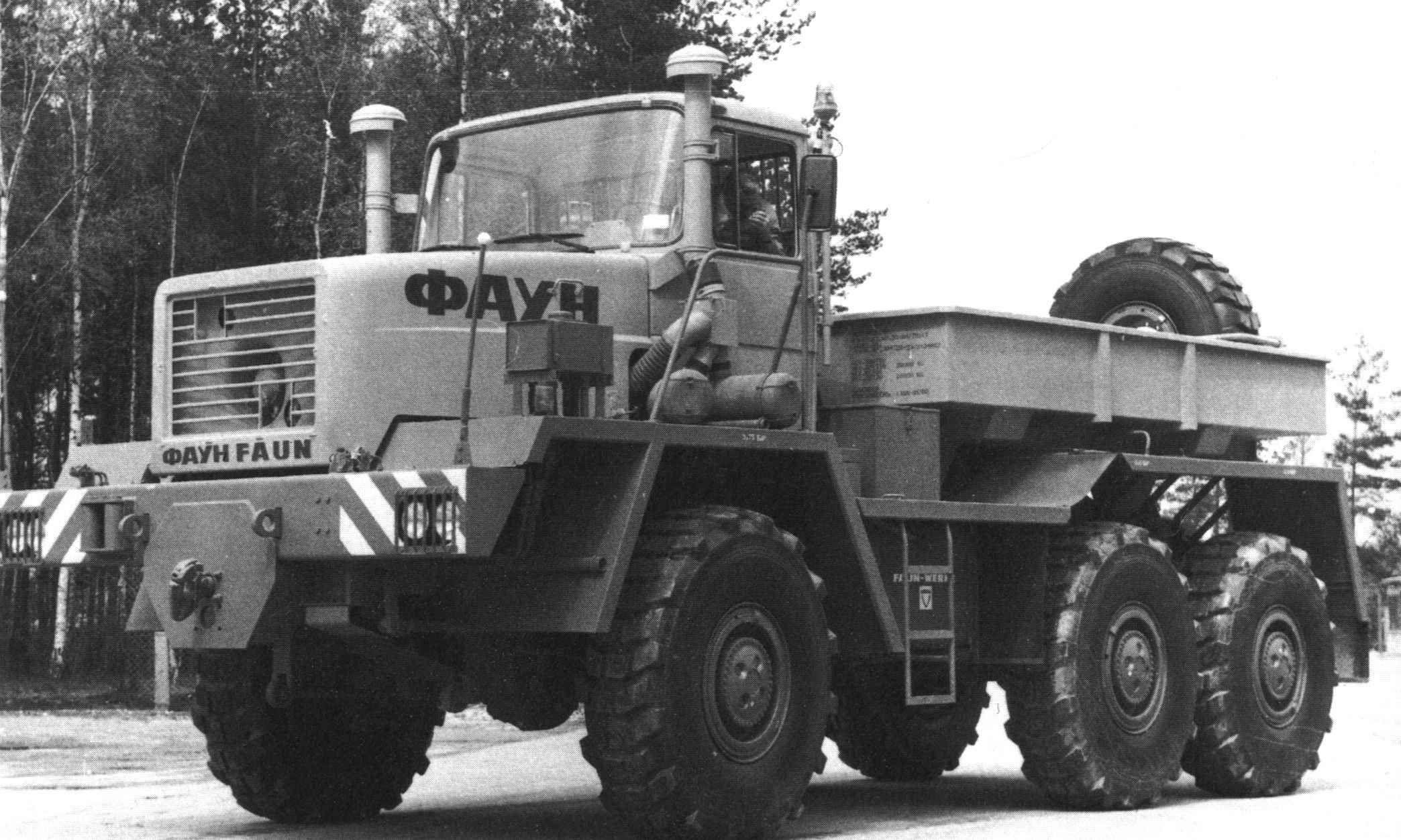 pin by faruch on big trucks heavy equipment pinterest trucks rh pinterest co uk  heavy duty truck a c compressors