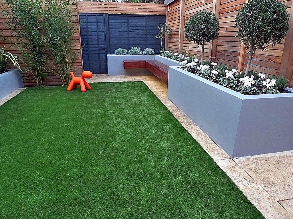 Fake Gr Trellis Grey Walls Cedar Screen Topiary Raised Beds Tile Fulham