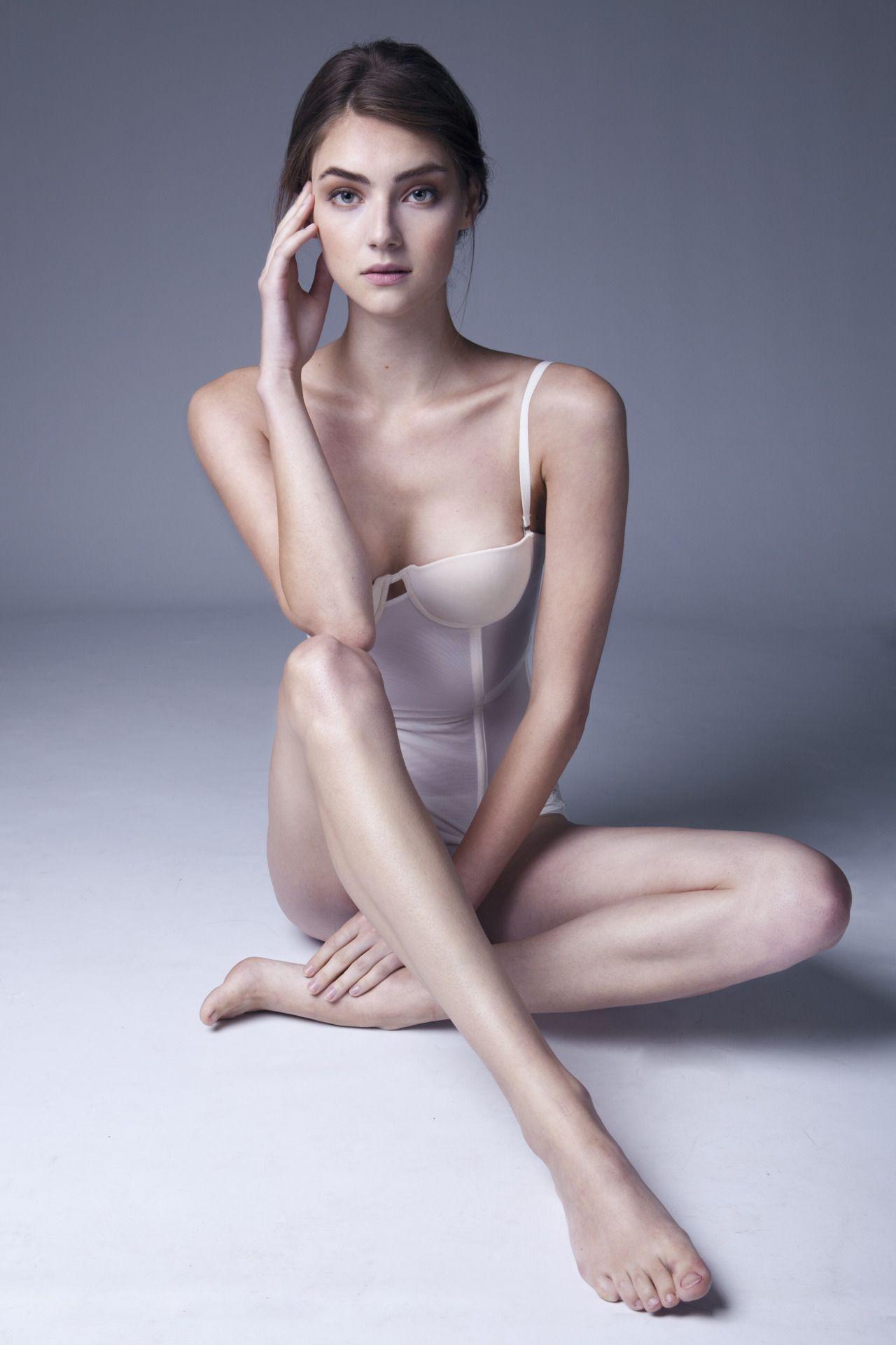 18-year-old Ales Kafelnikova shot topless for a British magazine 12/13/2016