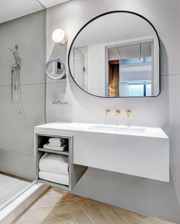 1001 Idees Pour Un Miroir Salle De Bain Lumineux Les Ambiances Stylees Miroir Salle De Bain Salles De Bains Lumineuses Idee Salle De Bain